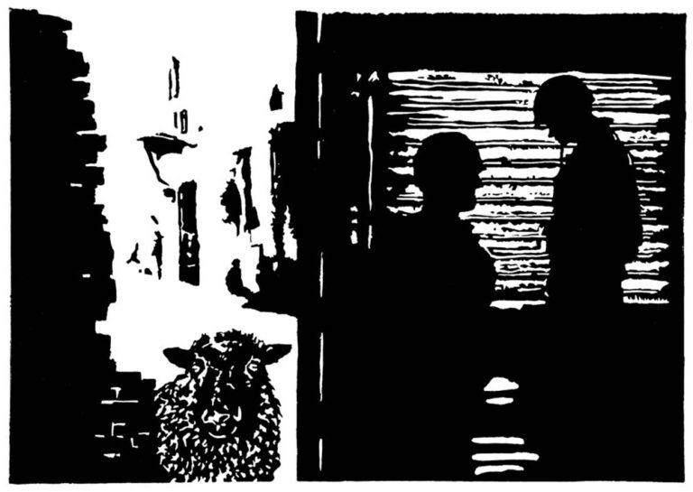Billedet er opdelt i et venstre ude-rum og i et højre inde-rum. Ude er et delvist ødelagt bymiljø i solskin, gade og bygninger, og i forgrunden ses et får komme frem bag et ruinlignende murværk. Fåret ser direkte på beskueren. I inde-rummet er to soldater, som står i silhuet foran et vindue med persienner. Soldaterne virker tænksomme.